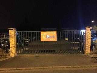parkplatz flypark louvres in louvres 95380 angebote preise leistungen und annehmlichkeiten der. Black Bedroom Furniture Sets. Home Design Ideas